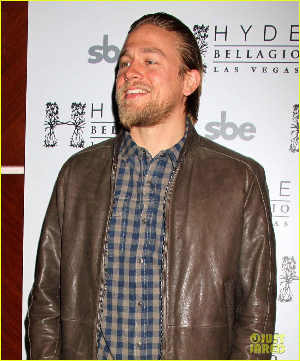 charlie hunnam sons of anarchy party at the bellagio 062755845