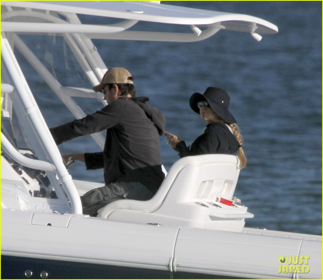 enrique iglesias anna kournikova miami boating mates 05