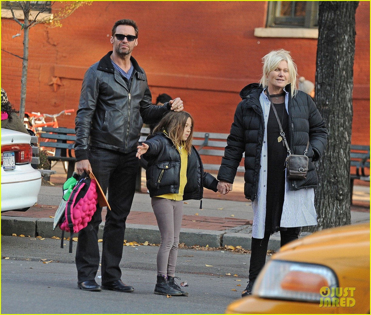 hugh jackman family cab ride 062766828