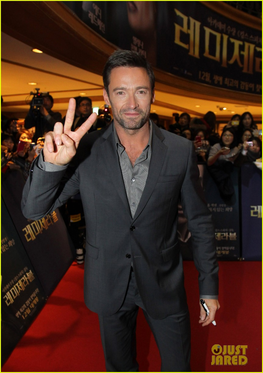 hugh jackman les miserables south korea premiere 02