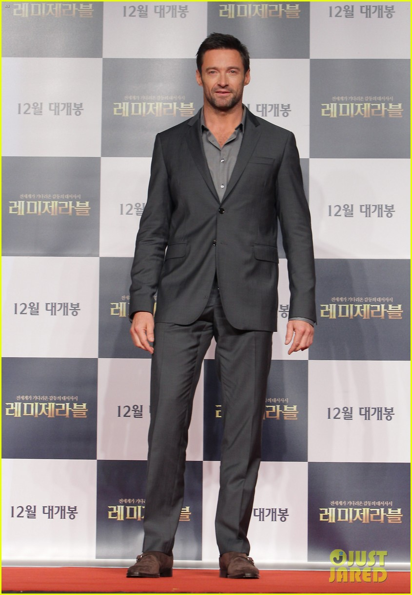 hugh jackman les miserables south korea premiere 09