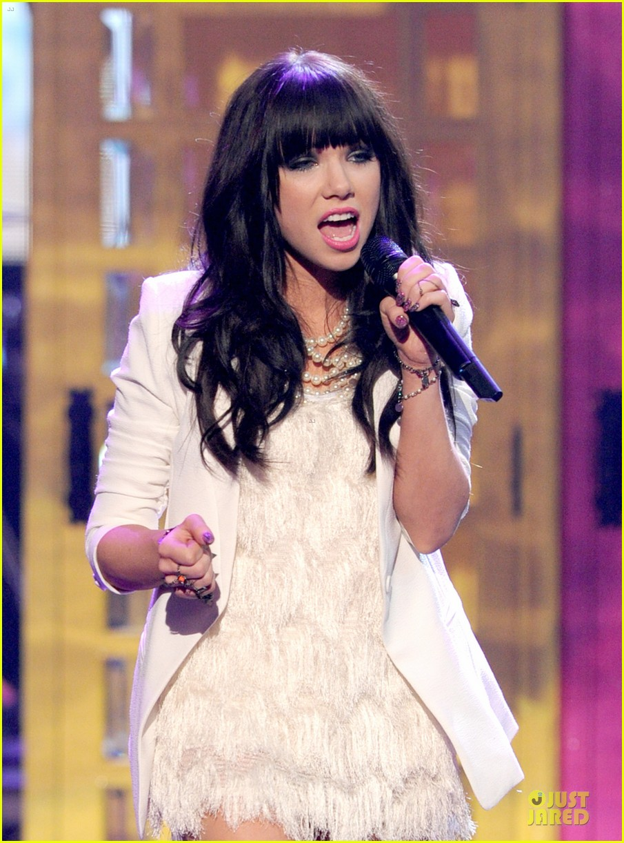 carly rae jepsen this kiss call me maybe amas performance 02