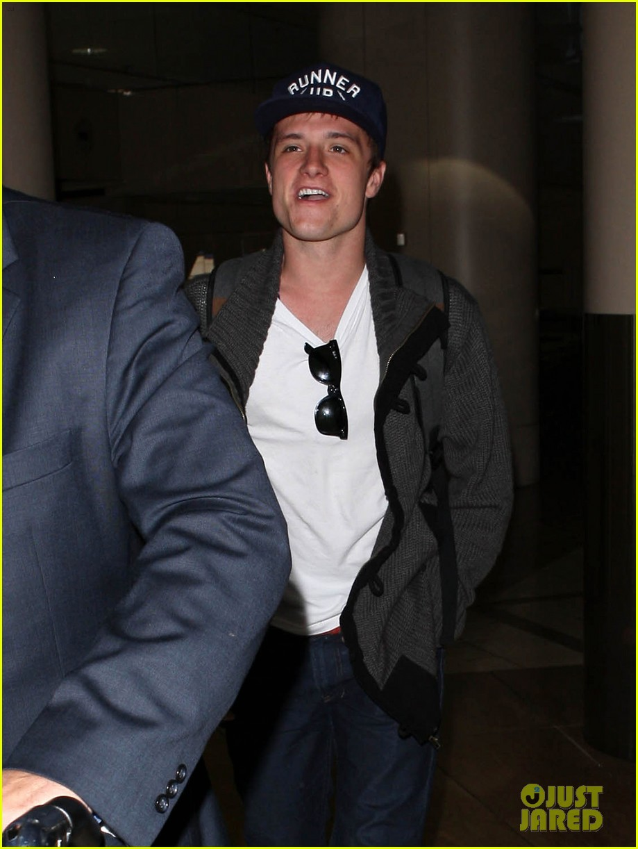 josh hutcherson back in la 06
