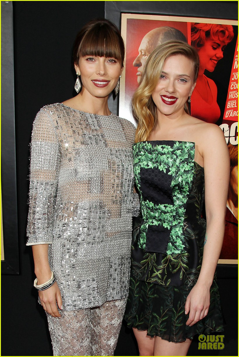 scarlett johansson jessica biel nyc hitchcock premiere 02