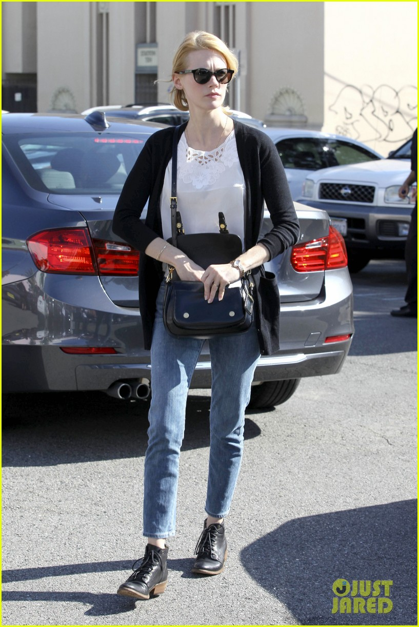january jones cecconis lunch with friends 192750882