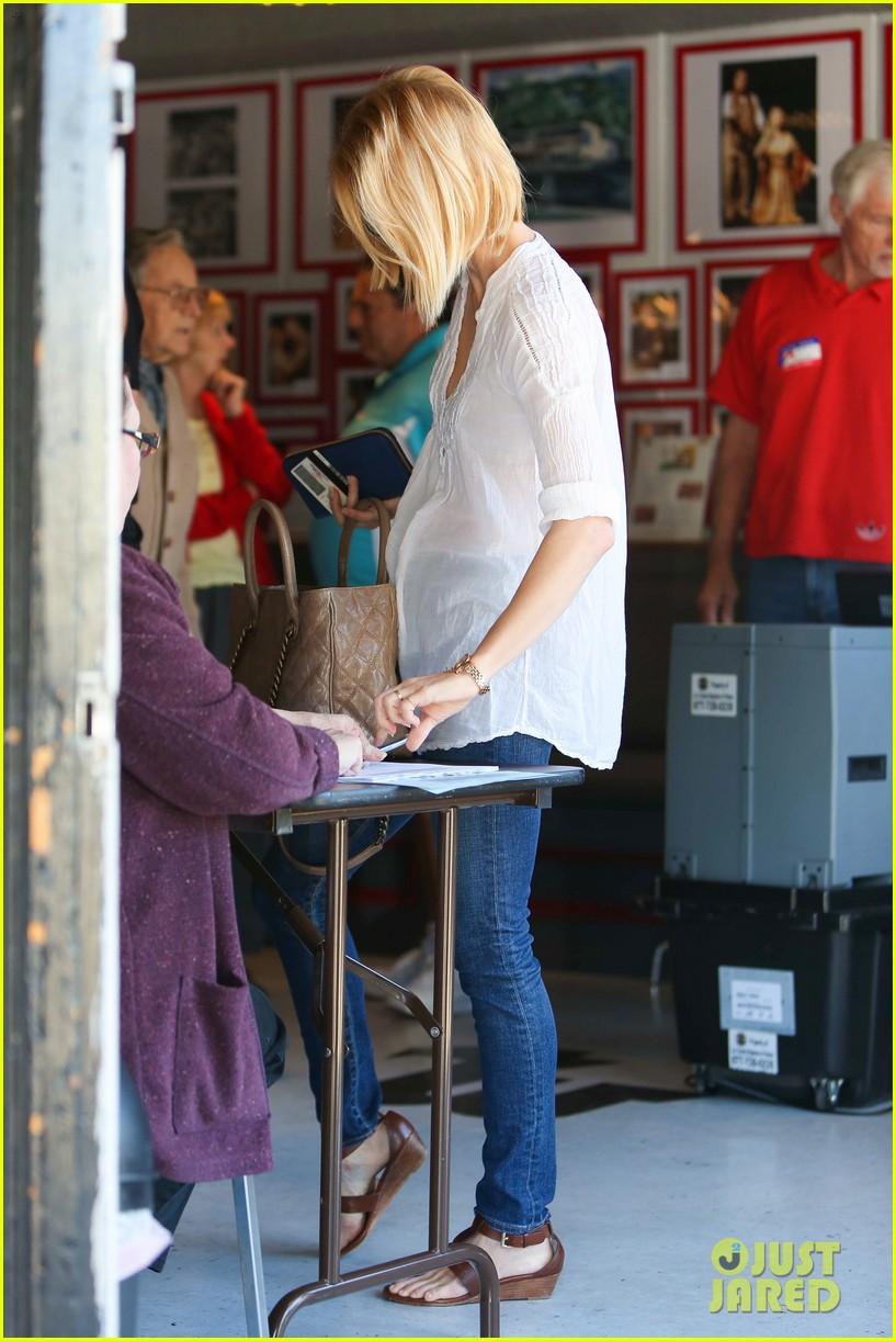 january jones election day voter 242751950