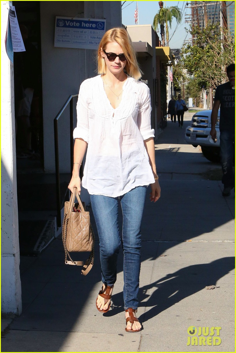 january jones election day voter 29