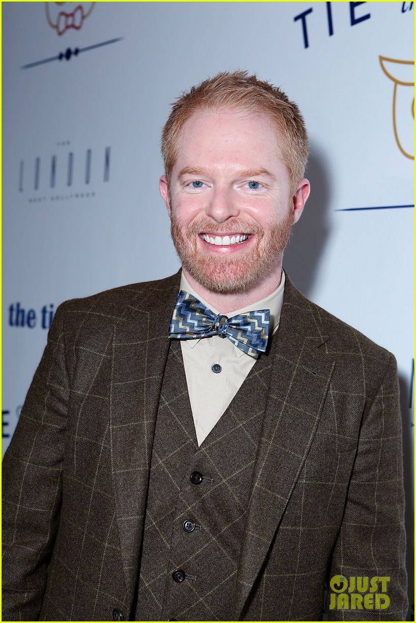 jesse tyler ferguson fiance justin mikita launch tie the knot charity 162758163