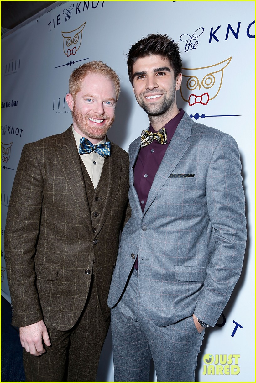 jesse tyler ferguson fiance justin mikita launch tie the knot charity 172758164