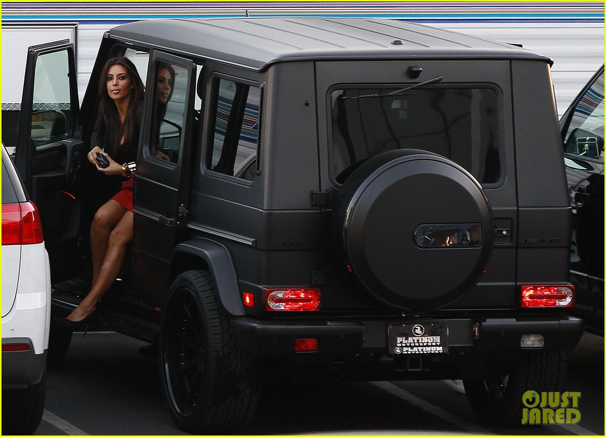 kim kardashian kanye west x factor dinner date 06