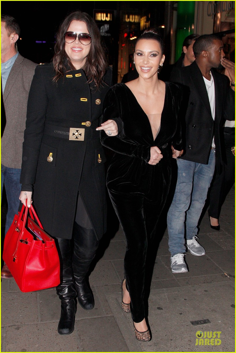 kim kardashian kanye west dinner date with sisters 24