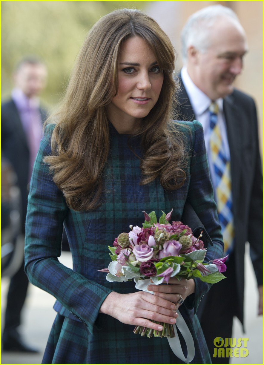 duchess kate st andrews school visit 062766750