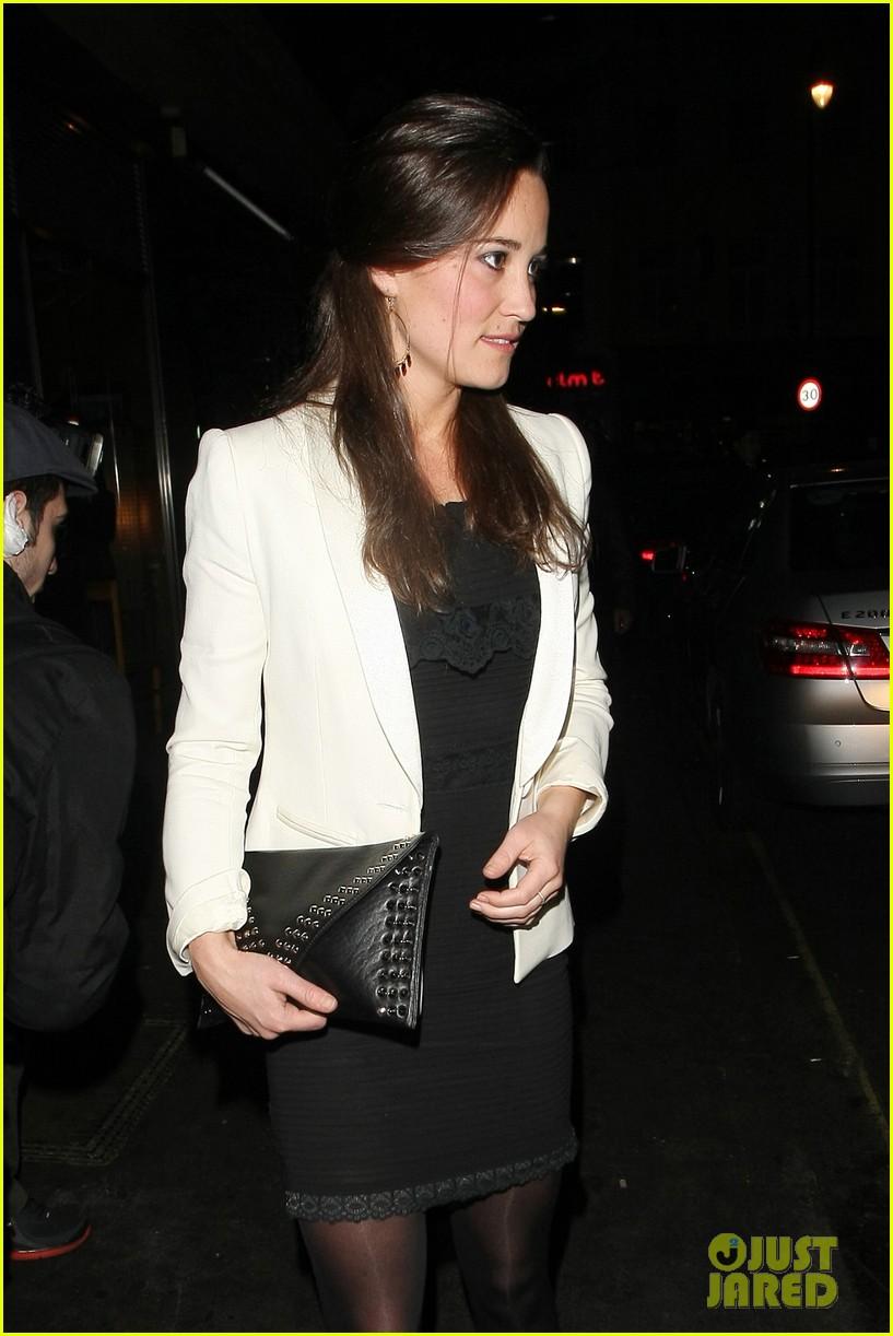 duchess kate pippa middleton separate london outings 042755063