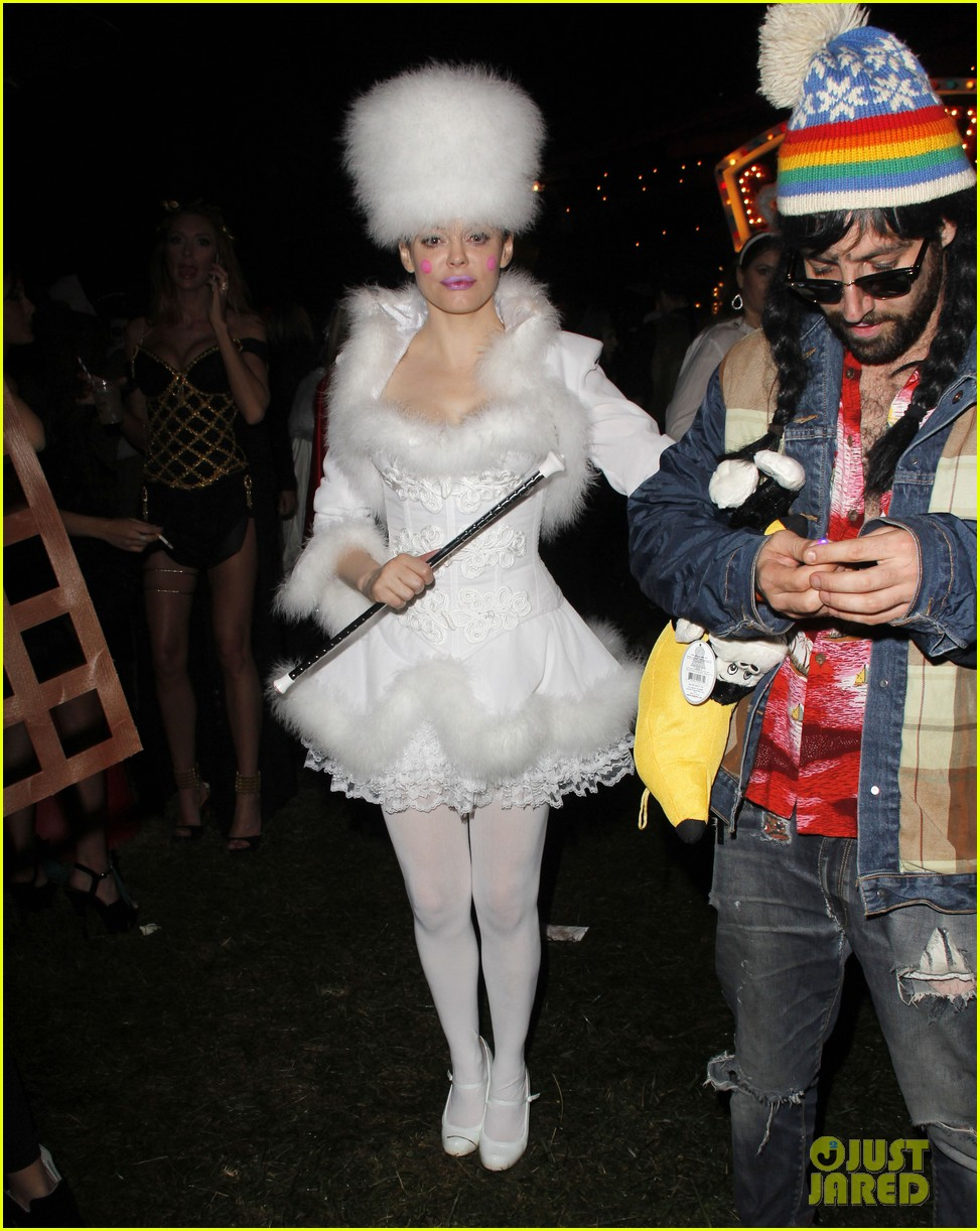 katy perry emma roberts hollywood forever cemetary halloween party 062749401