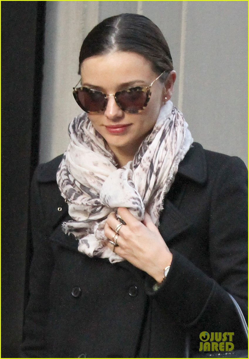 miranda kerr australia most binged celeb of 2012 02