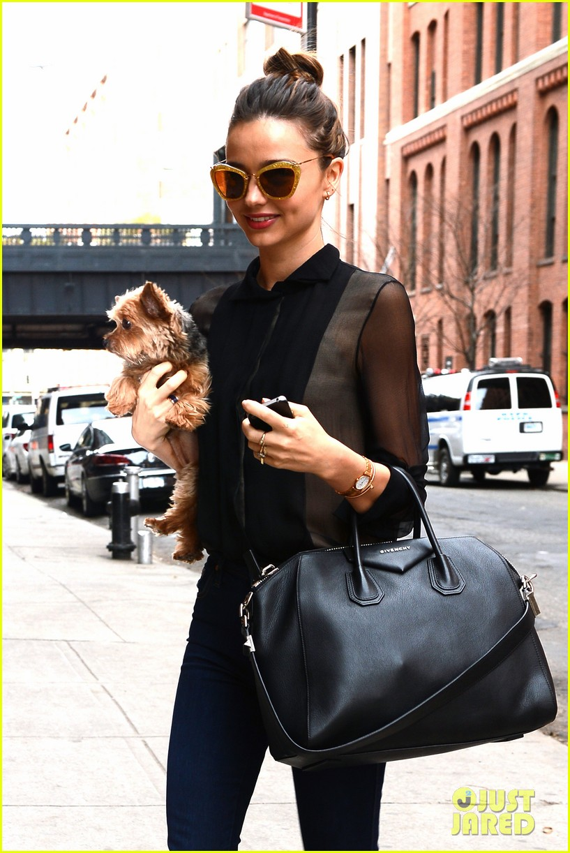 miranda kerr sunday morning with frankie 042763613
