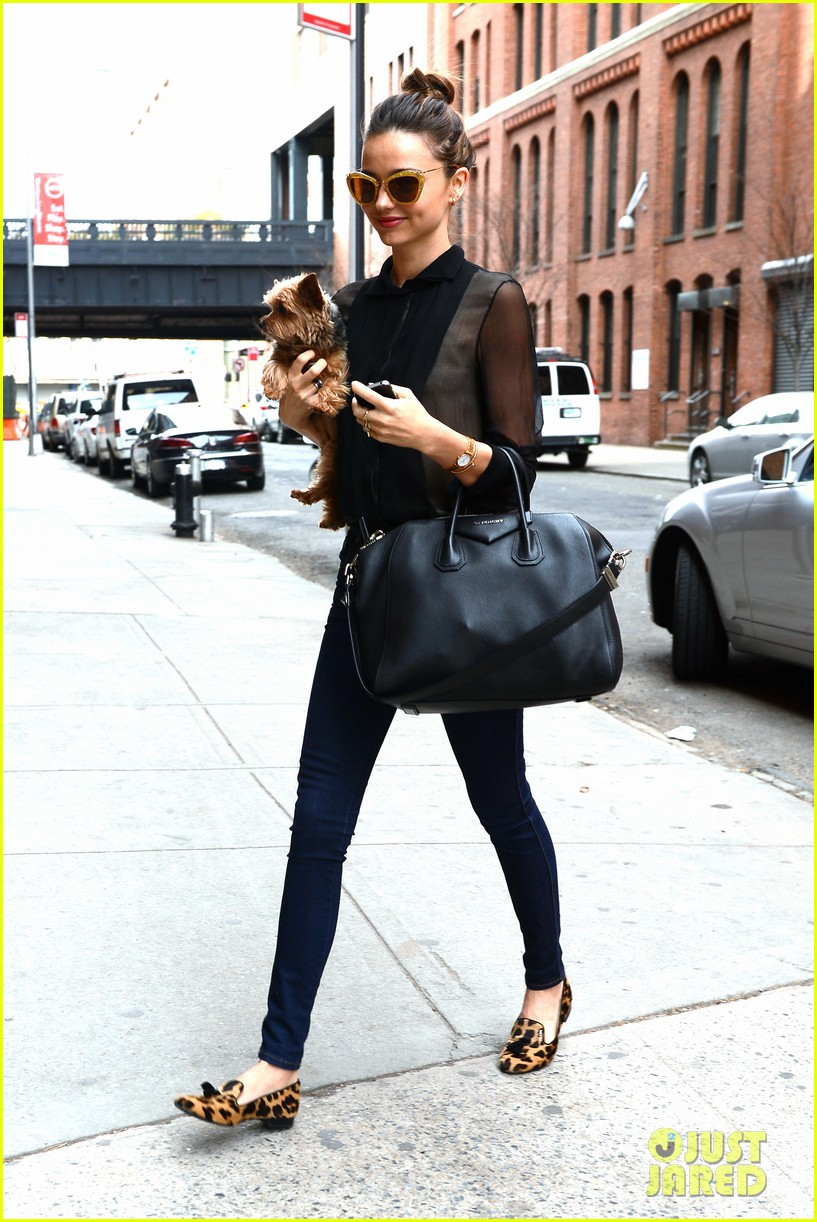 miranda kerr sunday morning with frankie 152763624