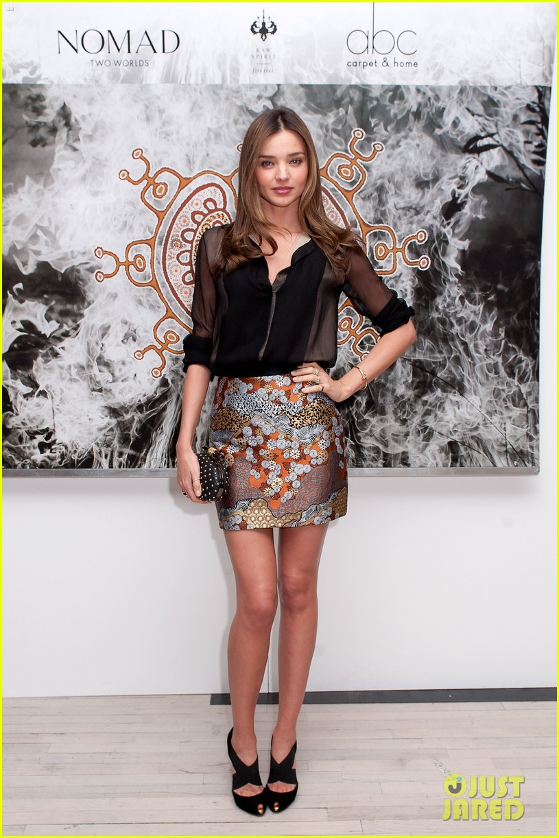 miranda kerr nomad two worlds book launch 092756394
