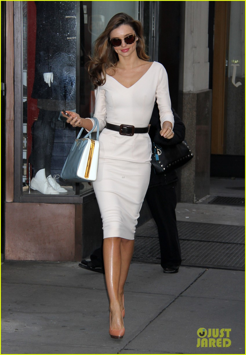 miranda kerr vogue office visit 06