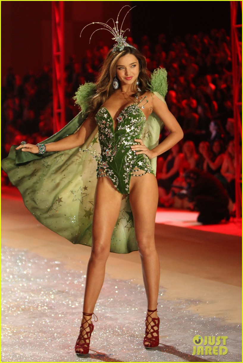 miranda kerr victorias secret fashion show 2012 052752993
