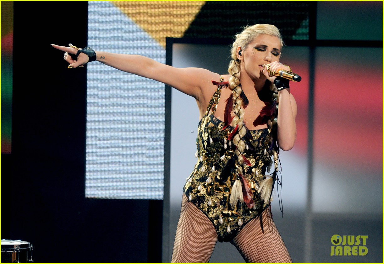 kesha amas performance 05