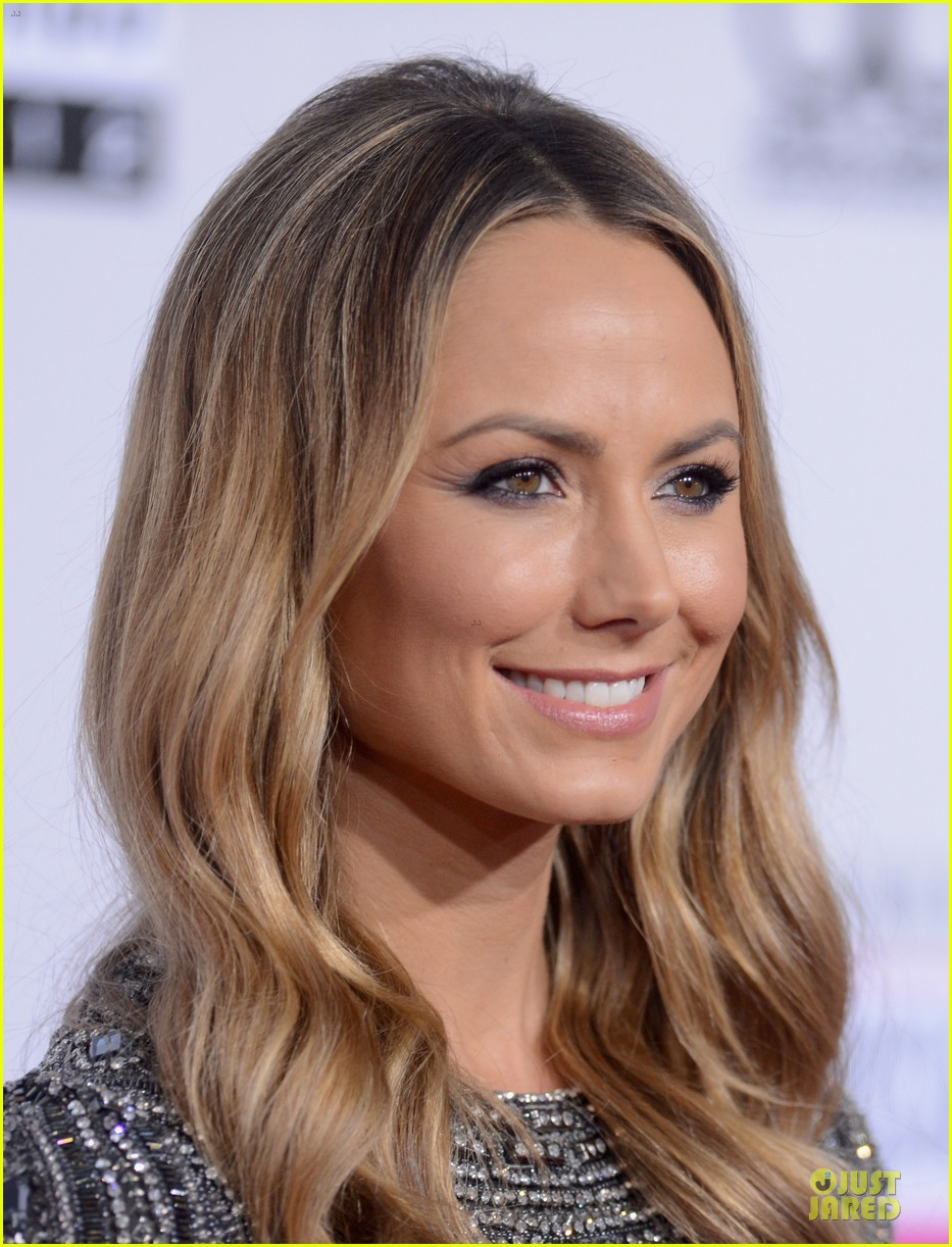stacy kiebler amas red carpet 082760228