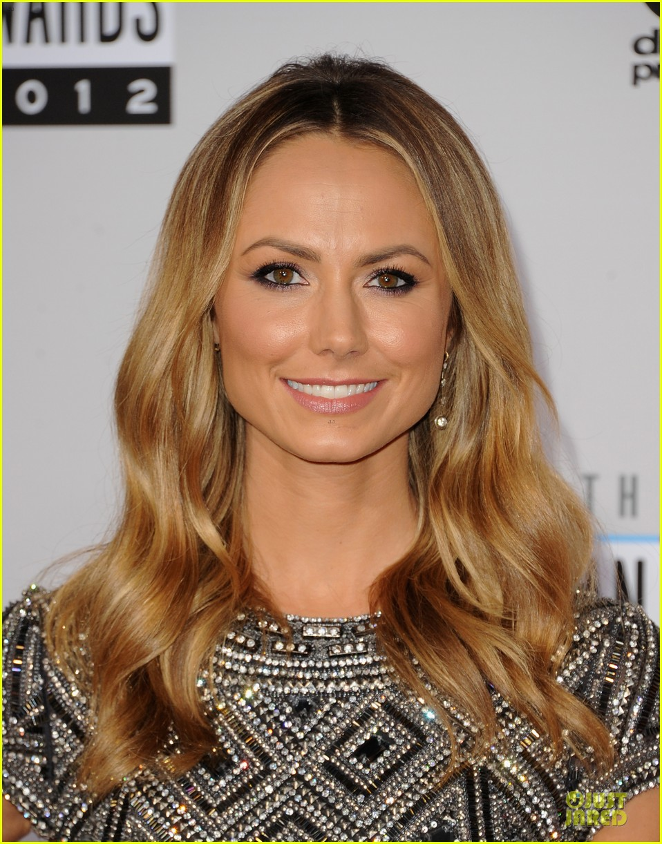 stacy kiebler amas red carpet 13