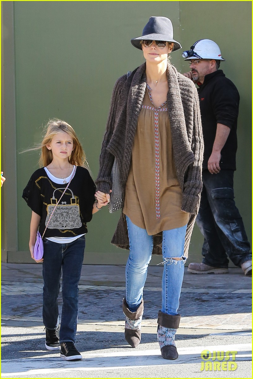 heidi klum holiday shopping at the grove 142762876