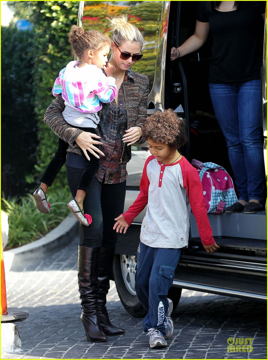 heidi klum lunch stop with the kids 032763989
