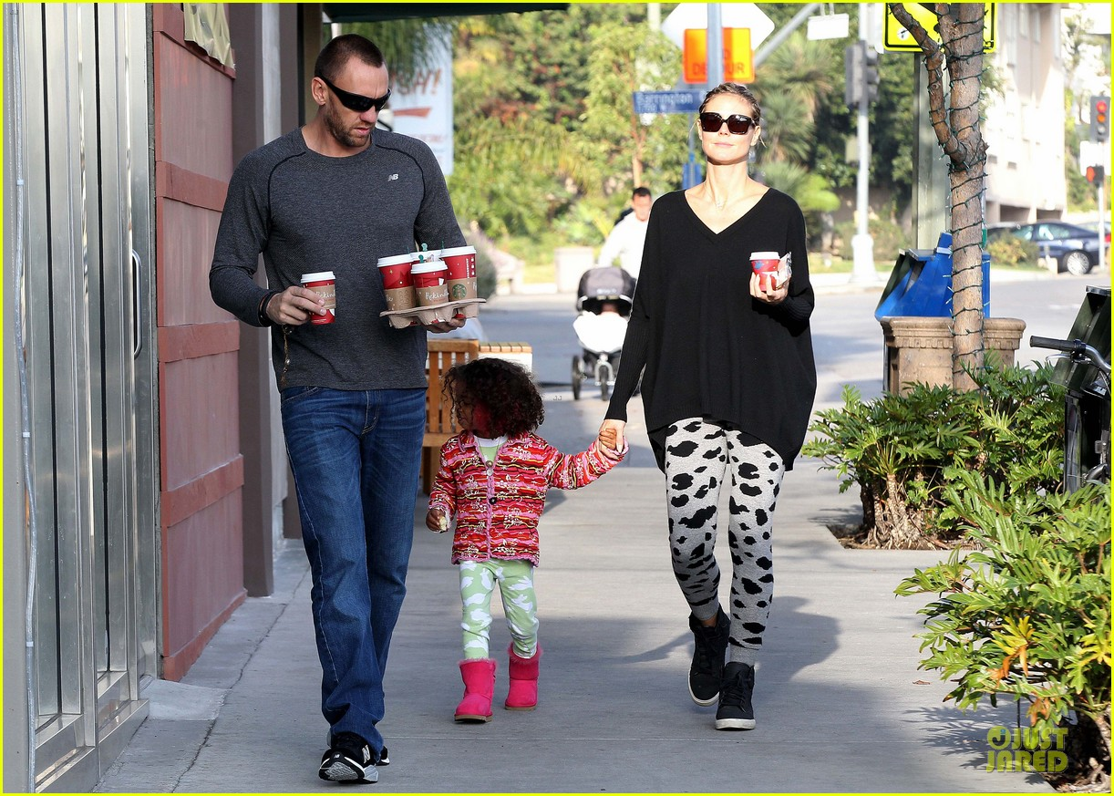heidi klum lunch stop with the kids 102763996