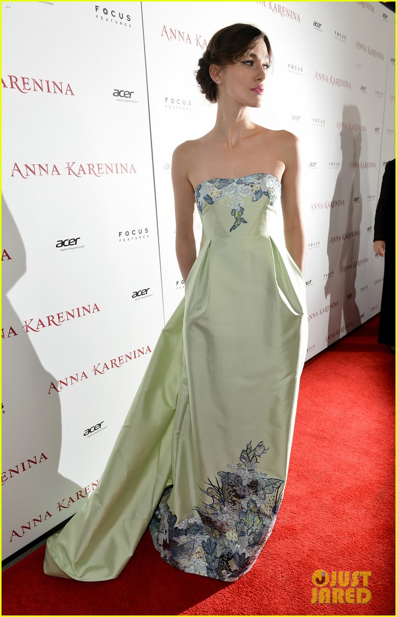 keira knightley anna karenina hollywood premiere 112757752