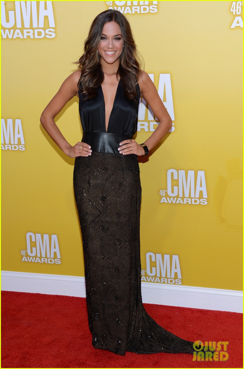 jana kramer shawn johnson cmas 2012 06