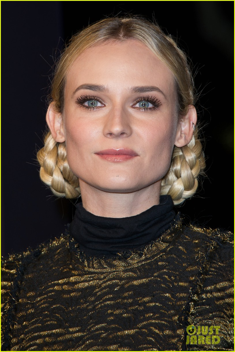 diane kruger champs elysees christmas lights launch 112762149