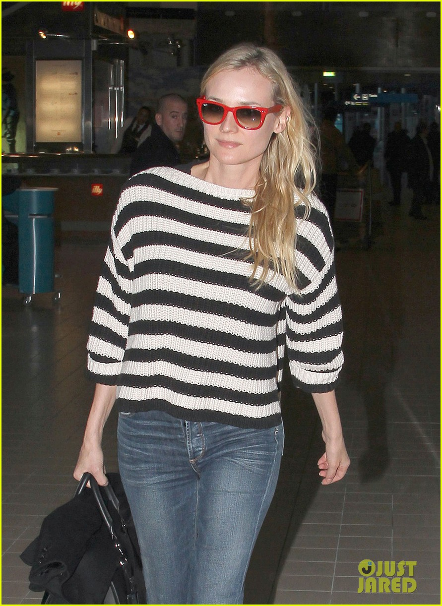 diane kruger striped sweater at charles de gaulle airport 02