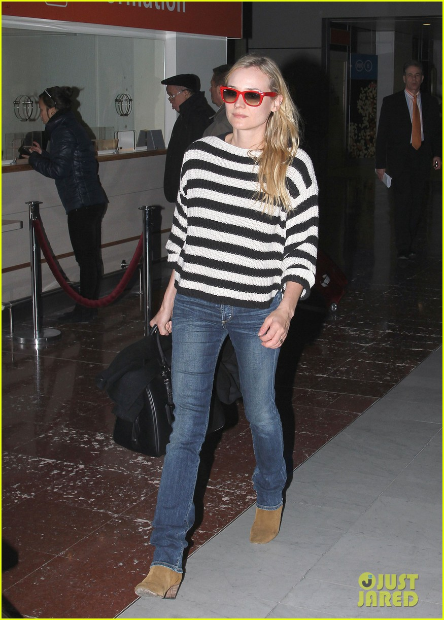 diane kruger striped sweater at charles de gaulle airport 052761469