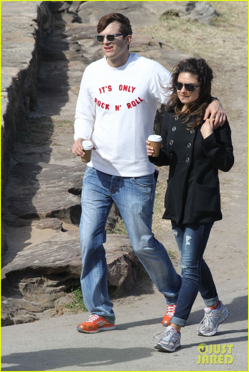 mila kunis ashton kutcher bondi to bronte beach walk 102749764