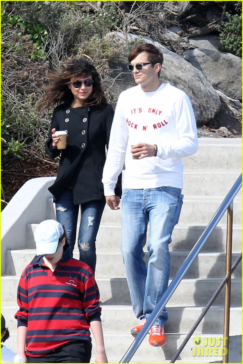 mila kunis ashton kutcher bondi to bronte beach walk 122749766
