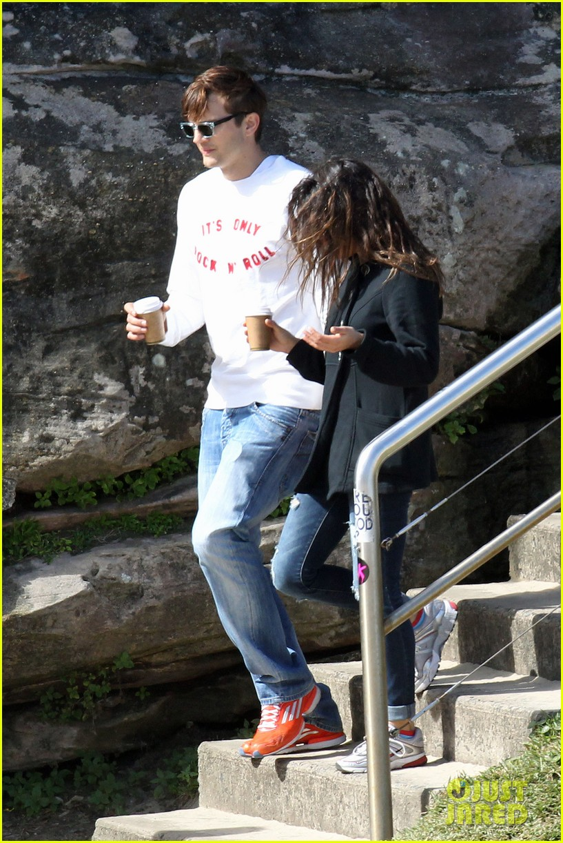 mila kunis ashton kutcher bondi to bronte beach walk 132749767