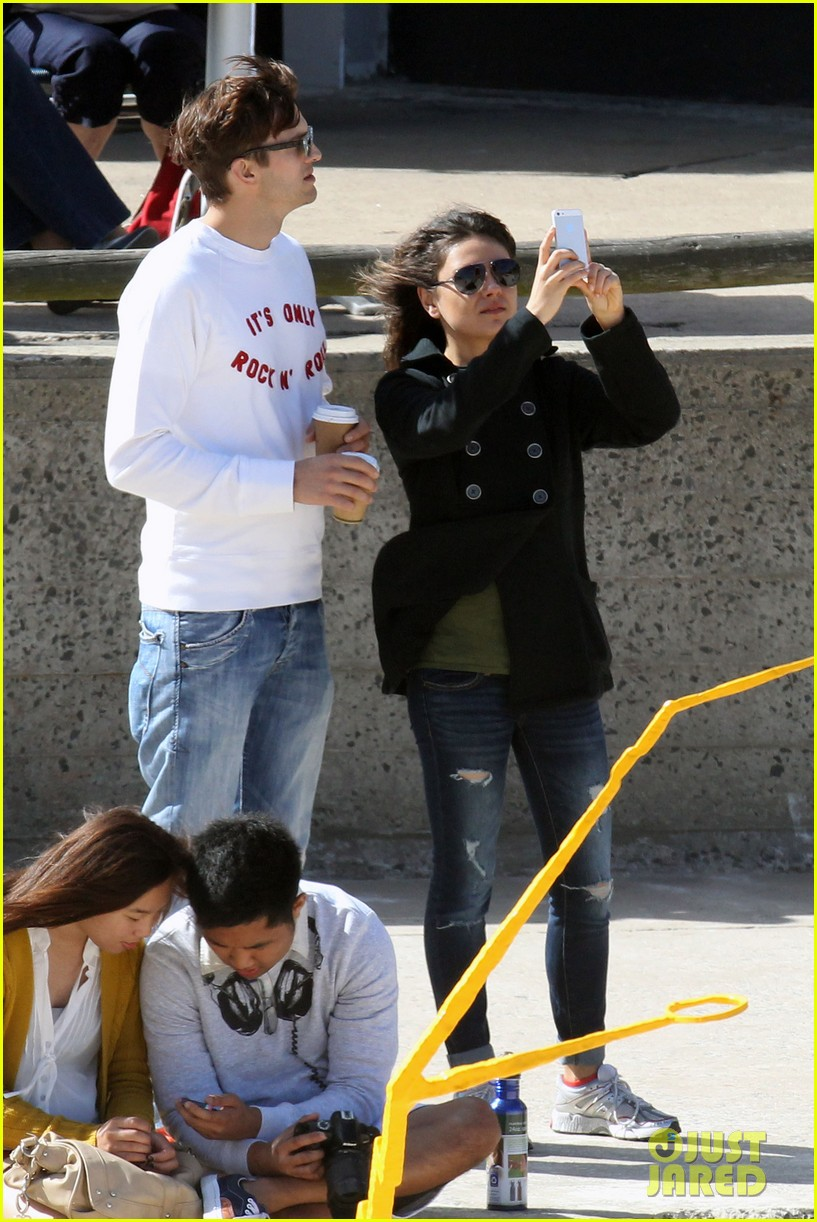 mila kunis ashton kutcher bondi to bronte beach walk 172749771