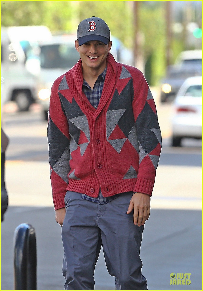 ashton kutcher new two and a half men love interest 042754309