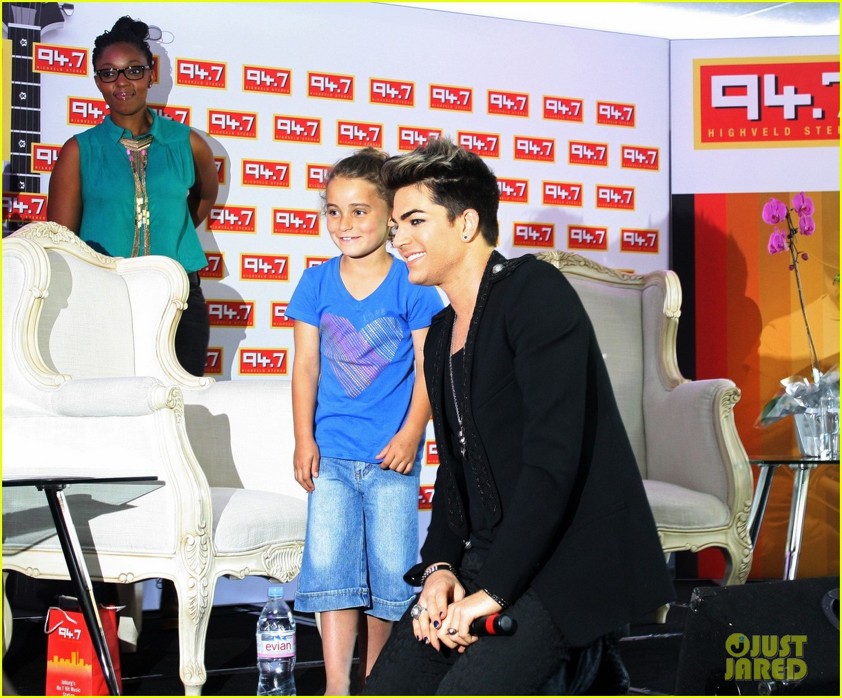 adam lambert hugs lucky young fan in south africa 02