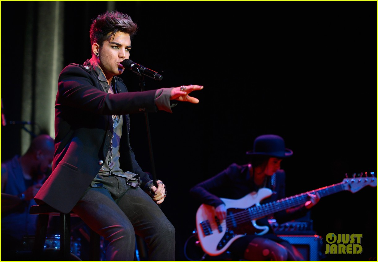 adam lambert live in the vineyard performance 012751518