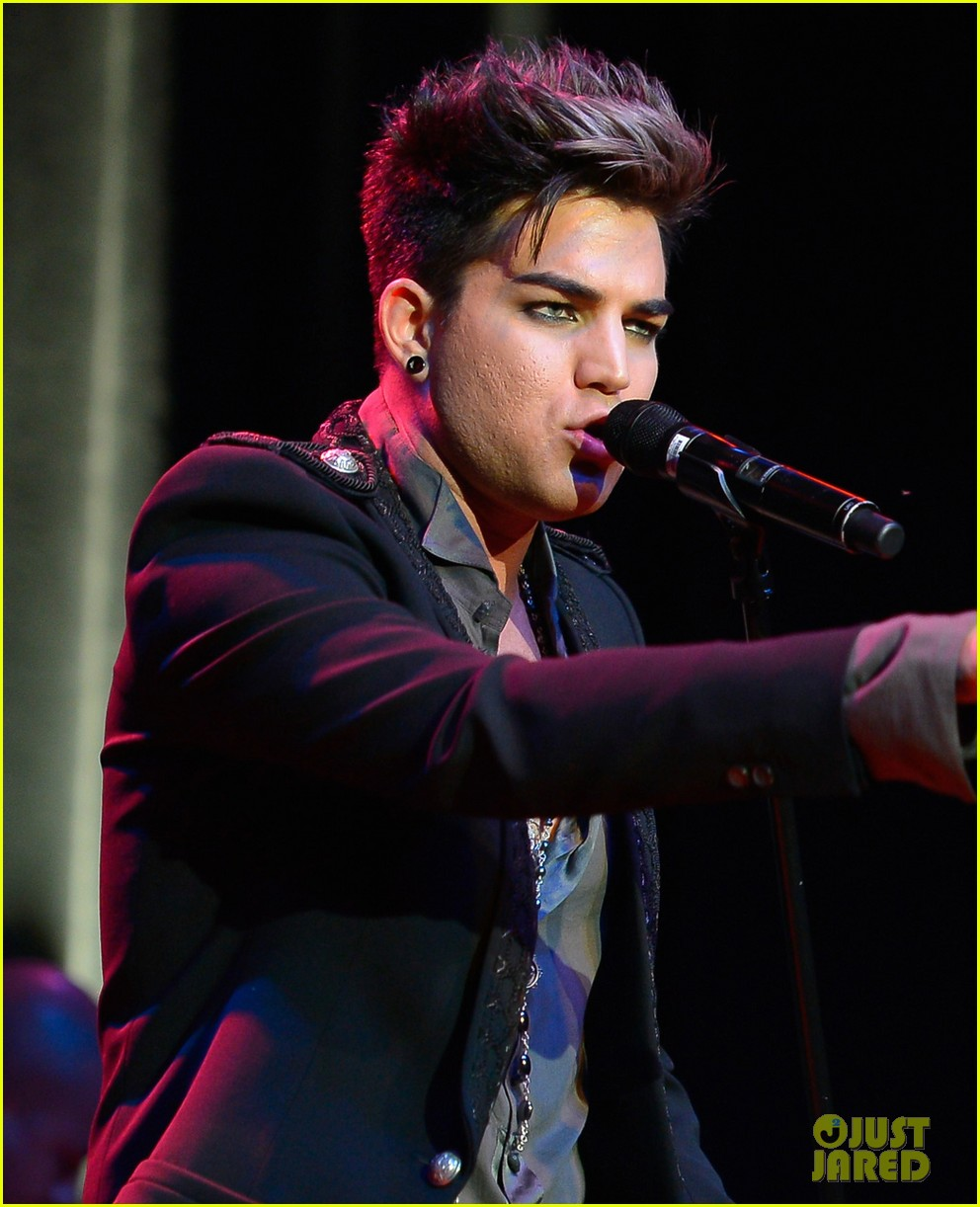 adam lambert live in the vineyard performance 05