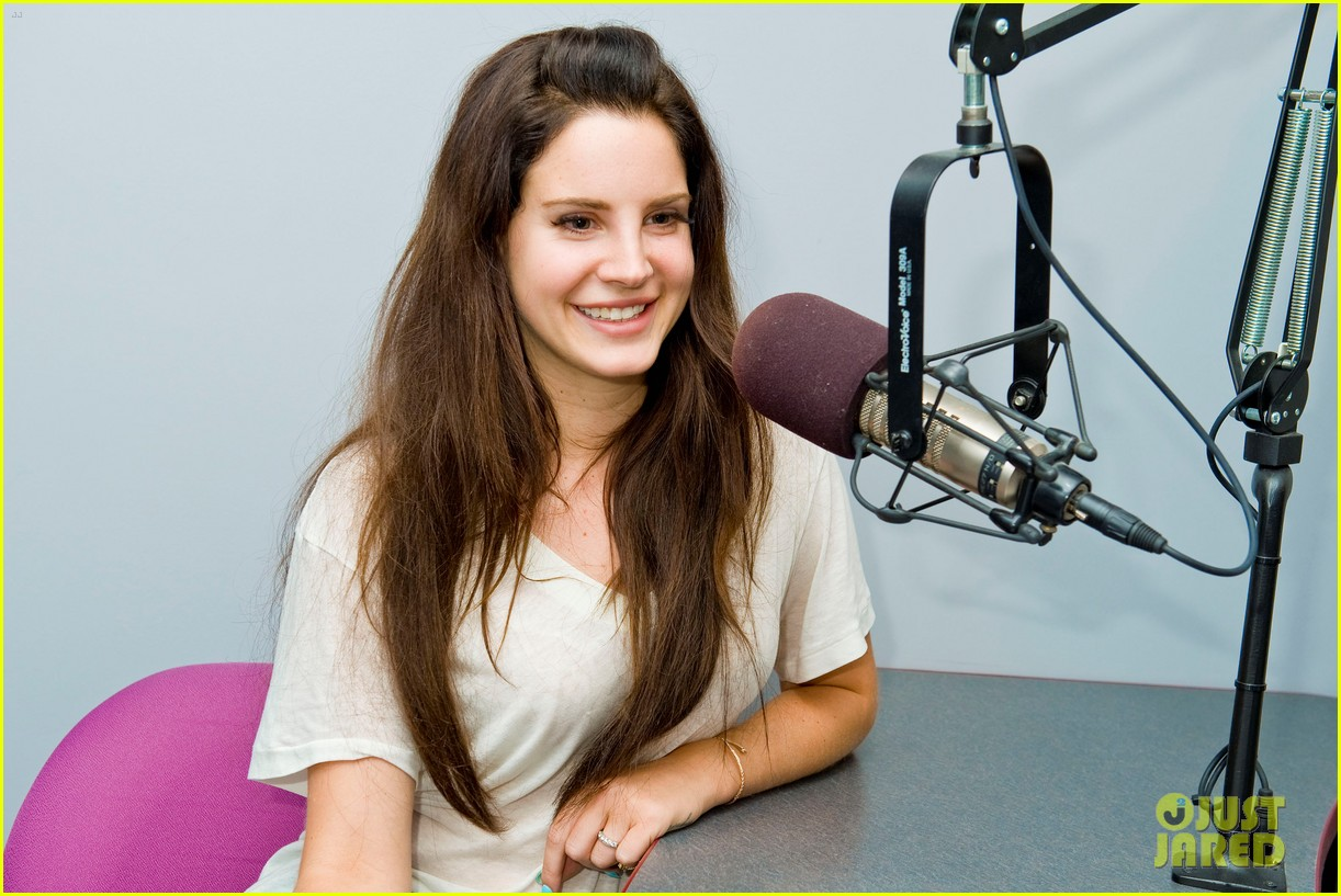 lana del rey just jared interview jaime king 142756275