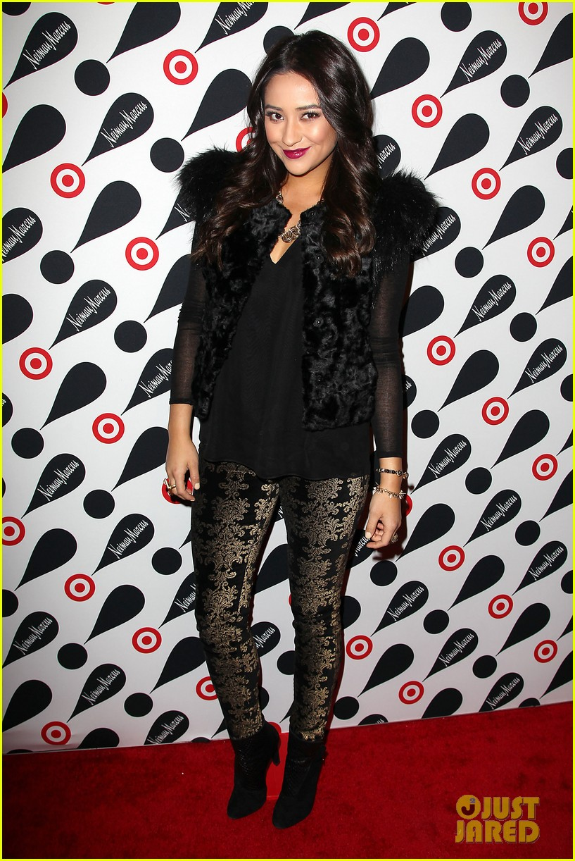 leighton meester shay mitchell target twosome 092765671