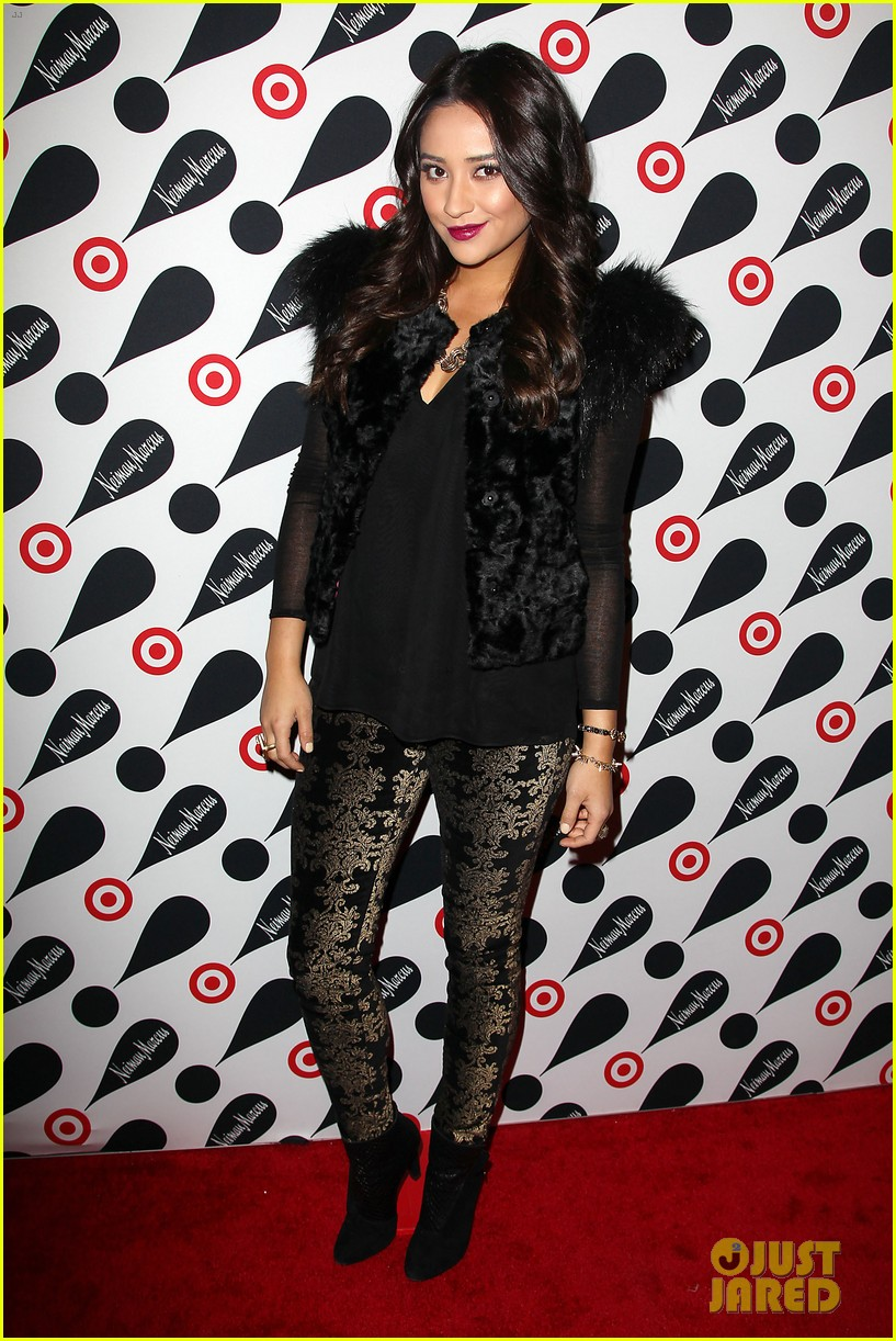 leighton meester shay mitchell target twosome 102765672