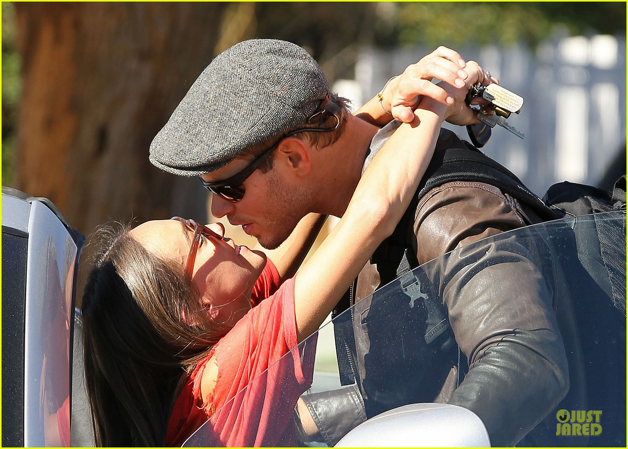 kellan lutz sharni vinson goodbye kissing couple 152757145
