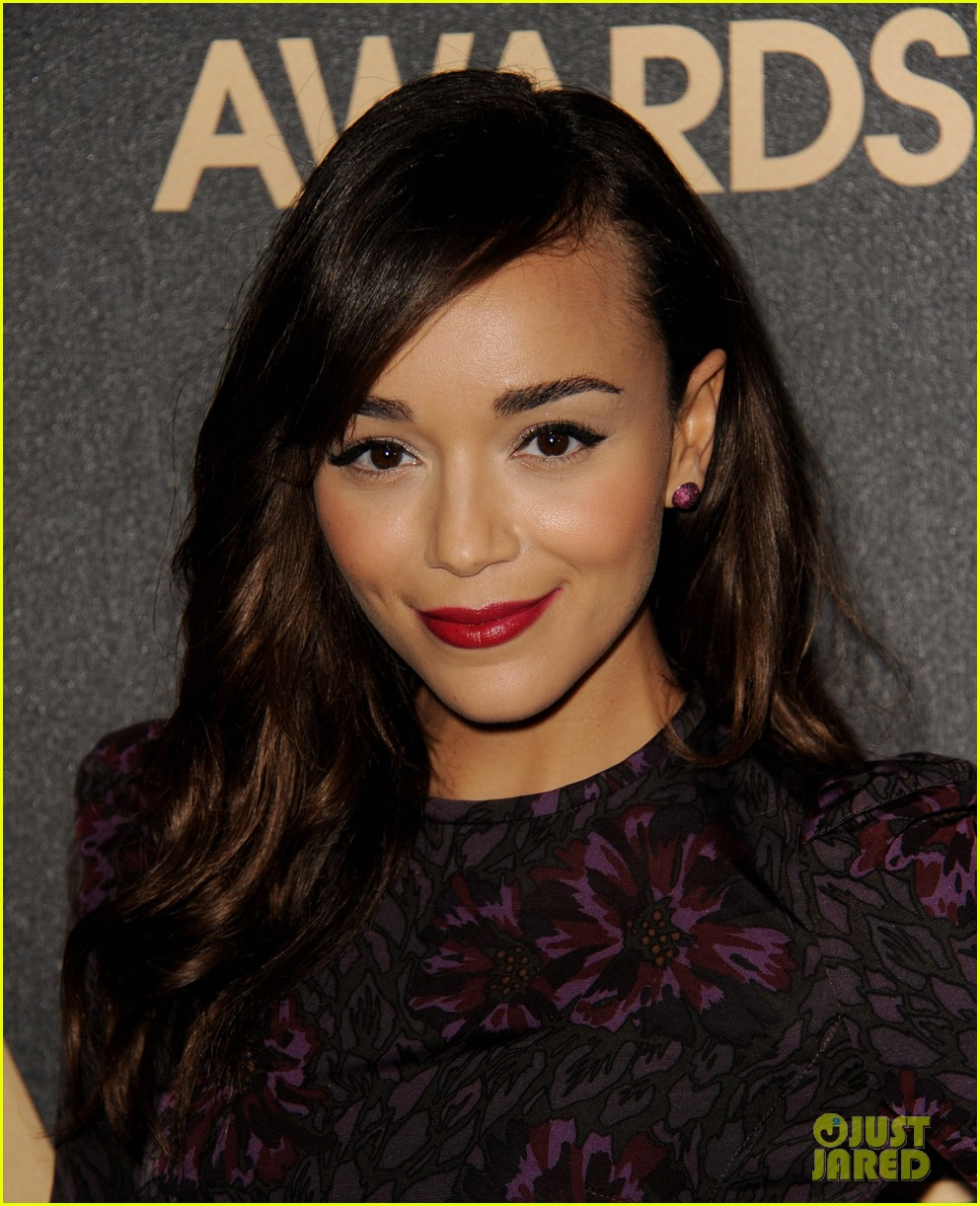 ashley madekwe christa b allen hfpa instyle golden globes celebration 02
