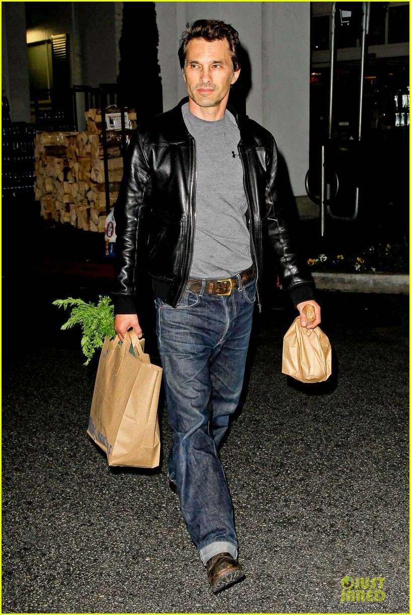 olivier martinez post brawl grocery run 062763147
