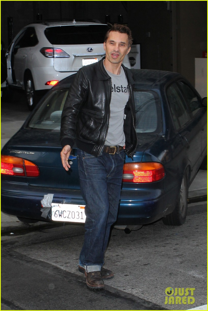 olivier martinez tuesday morning doctors visit 06